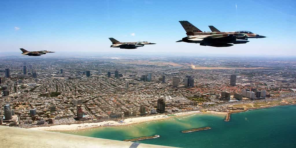 planes-on-ind.-day-min Israeli Independence Day 2017